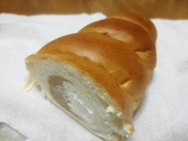 和栗のモンブランコロネ【神戸屋】